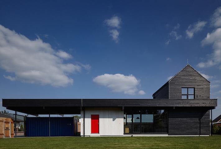 A Linear House By Mjölk Architects