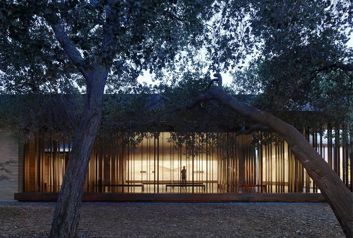 An Art-Inspired Meditation Center