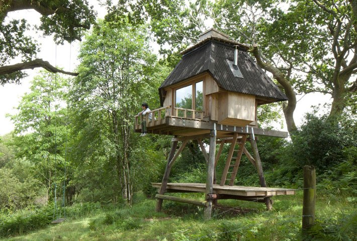 A Tiny Stilted Hut In The Woods By Nozomi Nakabayashi