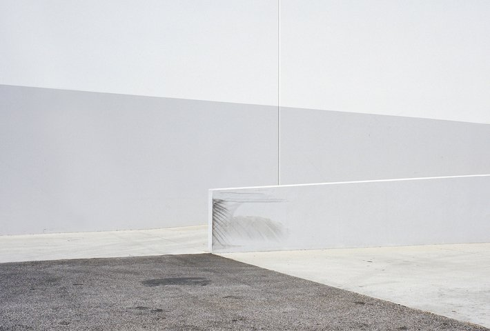 Minimal Photographs Of Los Angeles By Sinziana Velicescu