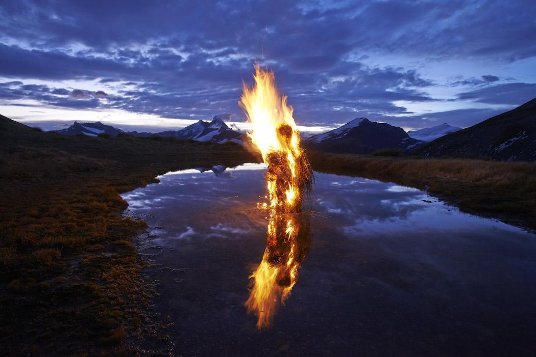 martinhill_art_Burning Issues