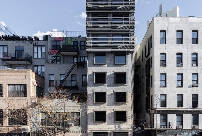A Narrow House In New York City By Grzywinski + Pons
