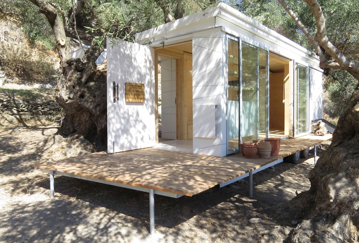 A Tiny House On Wheels By Echo Living
