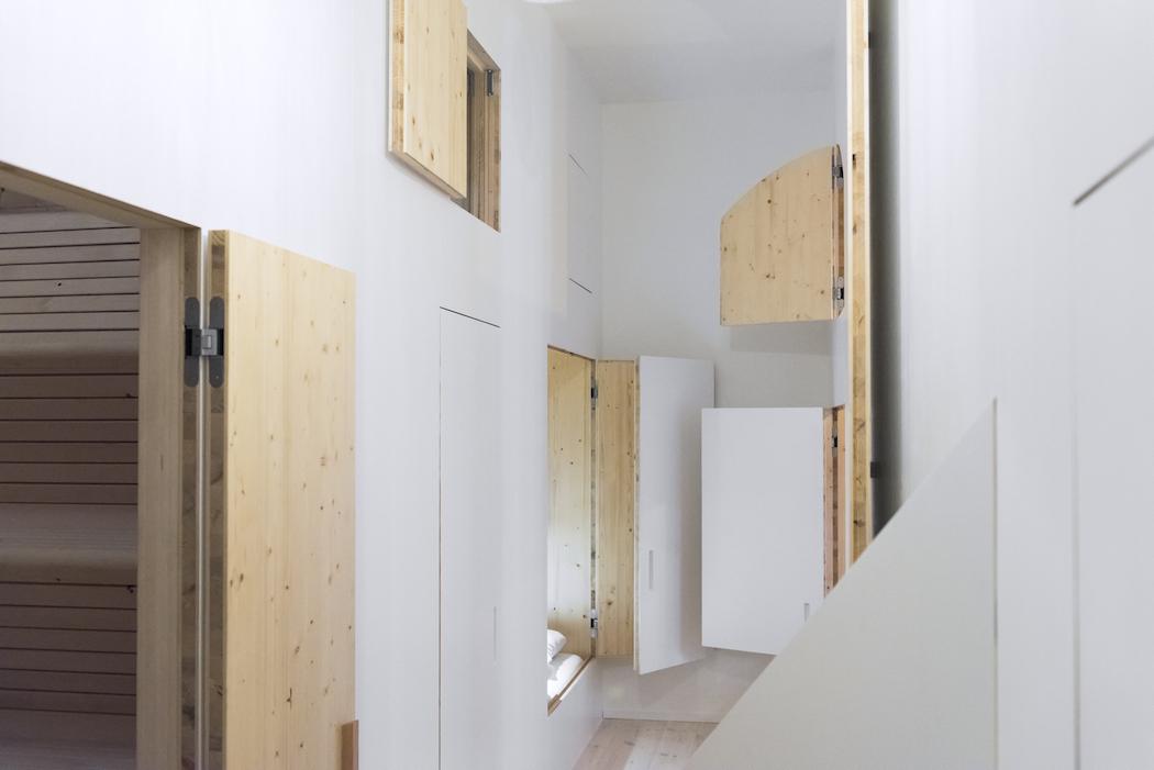 Room 204_Sigurd Larsen_Michelberger Hotel_Architecture Danish design berlin_photo x James Pfaff 7