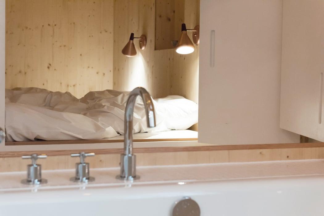 Room 204_Sigurd Larsen_Michelberger Hotel_Architecture Danish design berlin_photo x James Pfaff 9