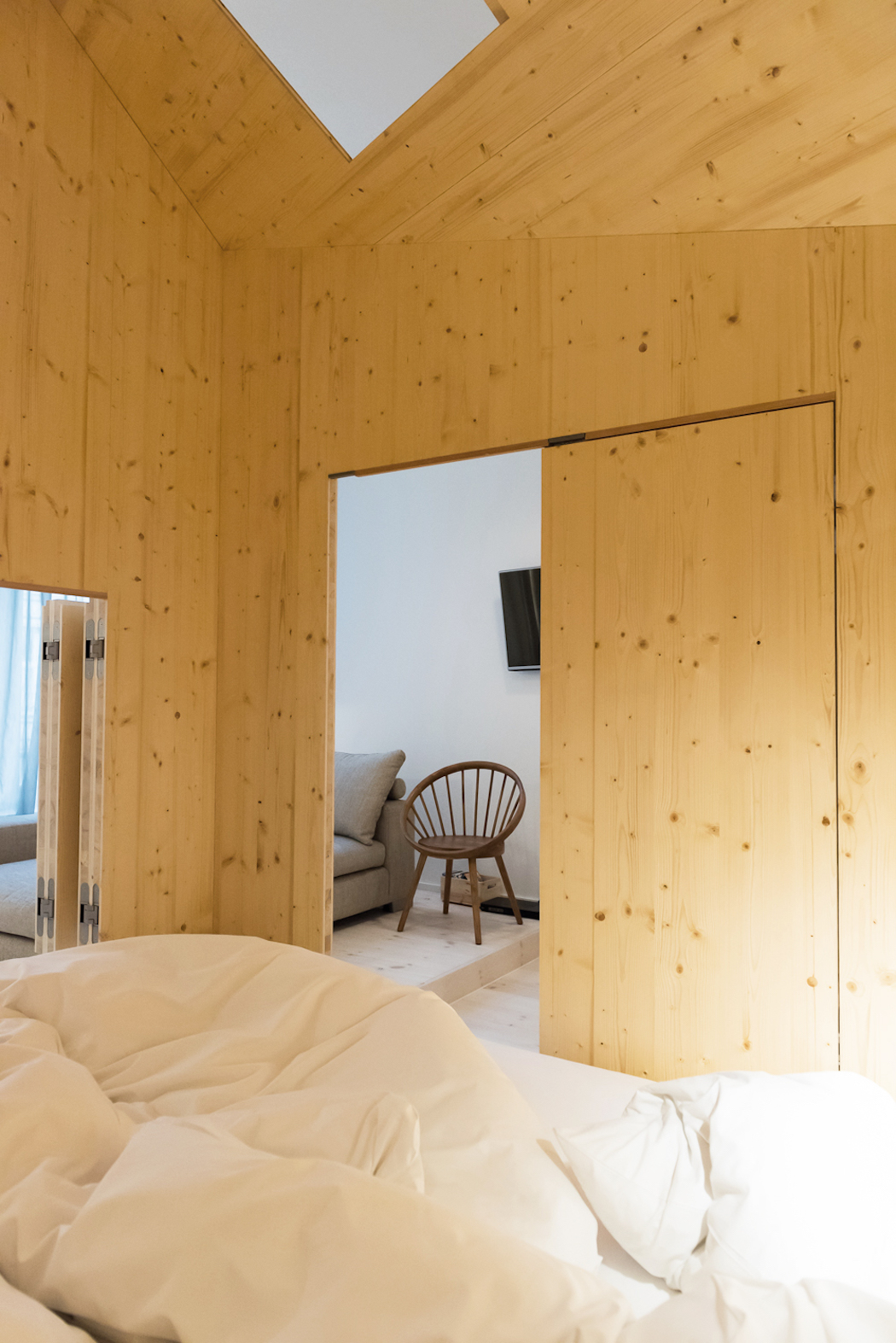 Room 304_Sigurd Larsen_Michelberger Hotel_Architecture Danish design berlin_photo x James Pfaff 7