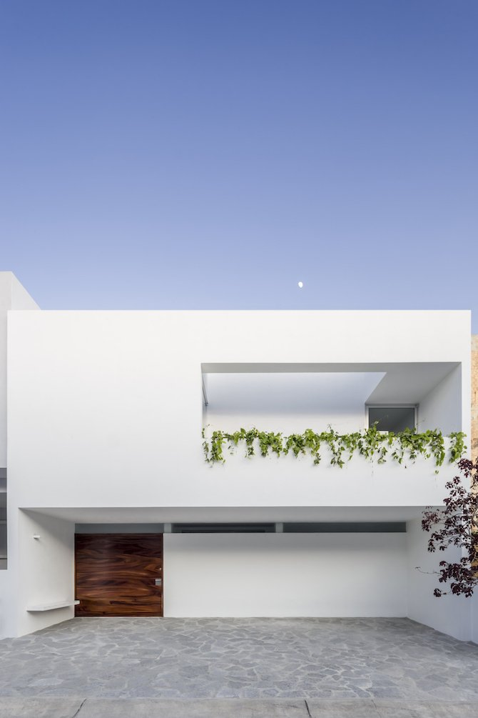A Bright Mexican Home Integrated With Nature Ignant Com