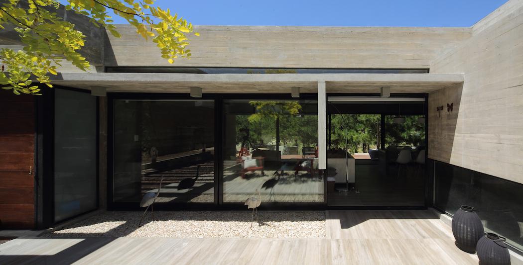BesoniasAlmeidaArquitectos8-Casas-SyS