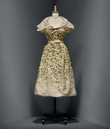 manusxmachina_fashion-vilmiron-dress-christian-dior-manus-x-machina-fashion-exhibition