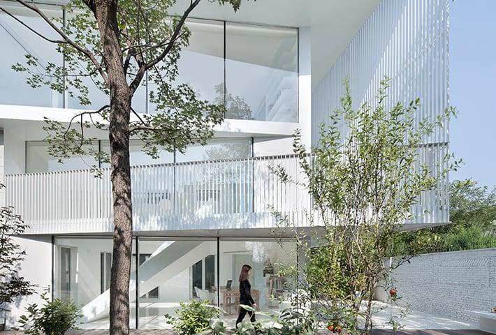 A Light-Filled Beijing Villa Renovation