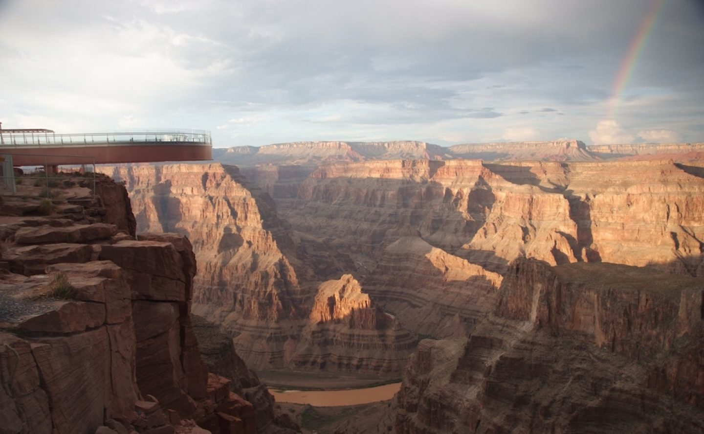 top10viewpoints_grandcanyon-rainbow