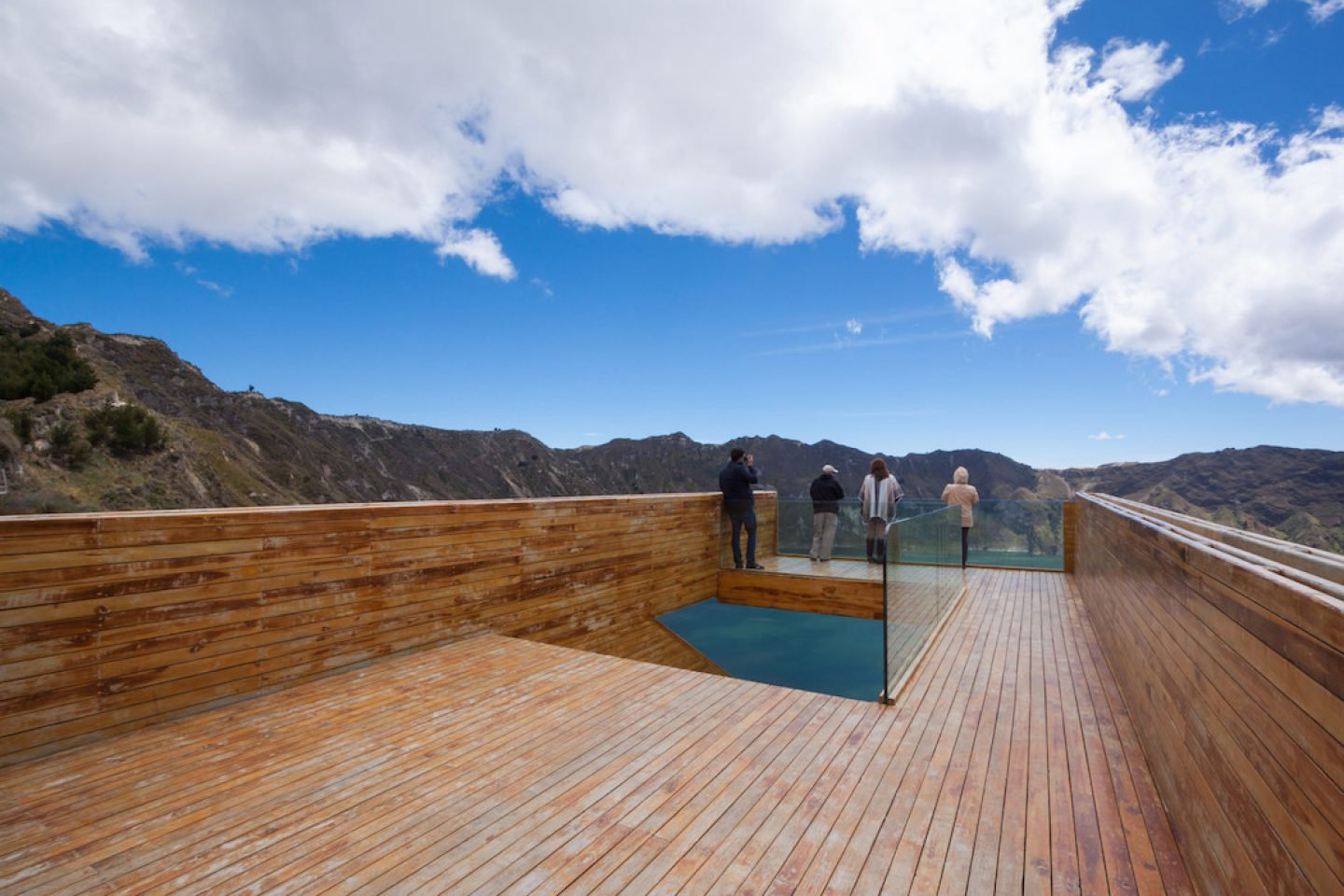 top10viewpoints_quilotoa-_1166