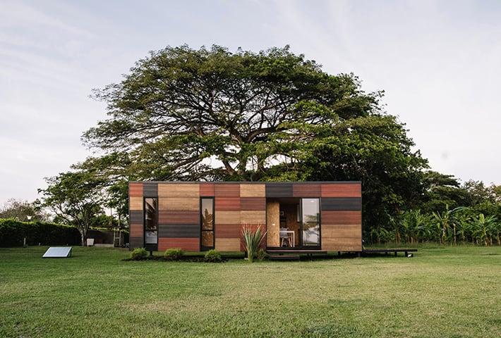 A Textured Modular House By Colectivo Creativo