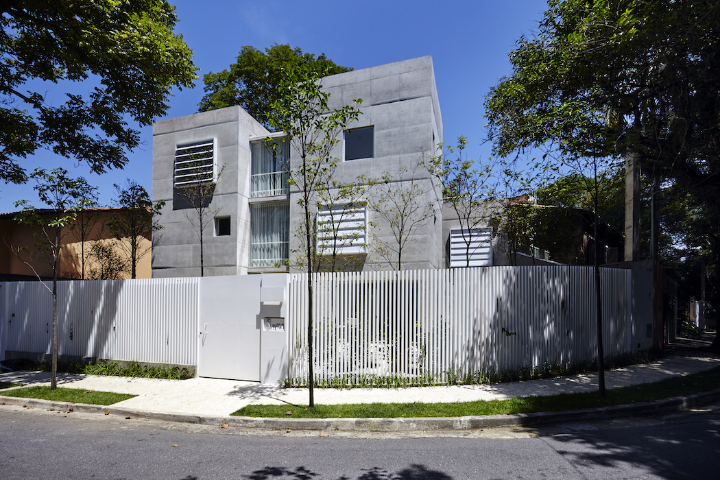 A Concrete House With Several Gardens In São Paulo