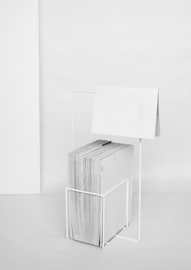 Minus magazine stand design by Alvaro Diaz Hernandez 4