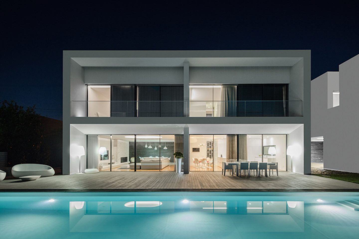 Vila do Conde House - Raulino Arquitecto (04)