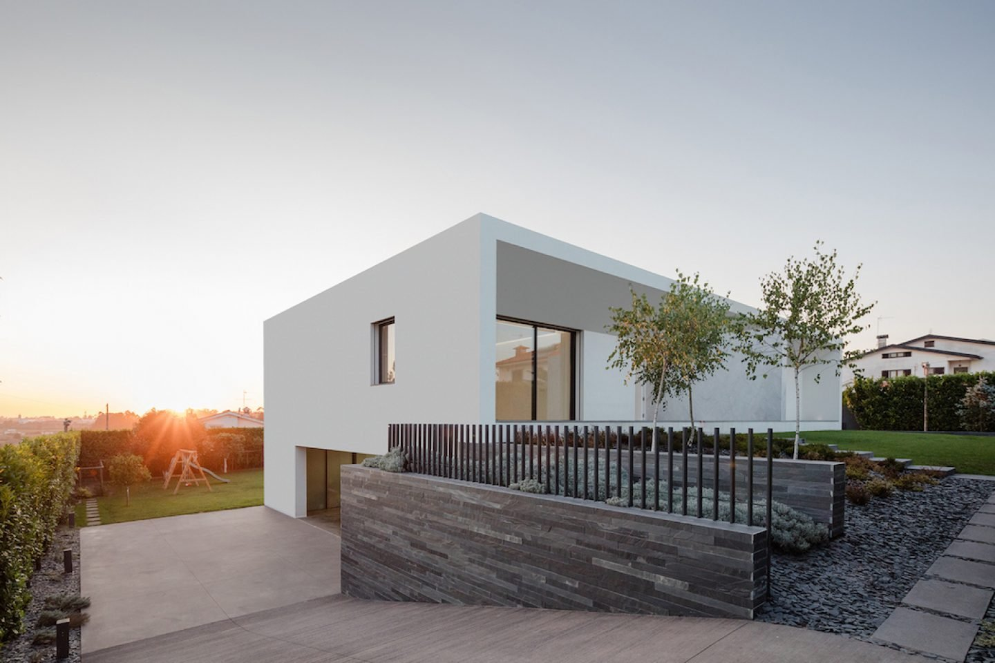 Vila do Conde House - Raulino Arquitecto (06)