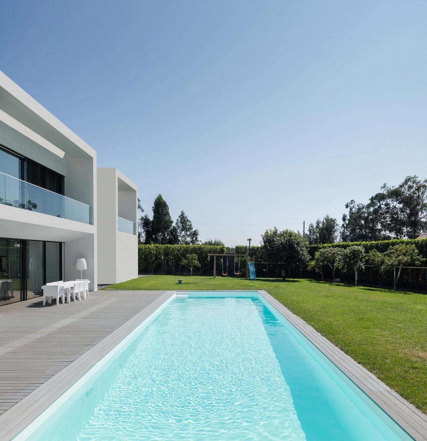 Vila do Conde House - Raulino Arquitecto (07)