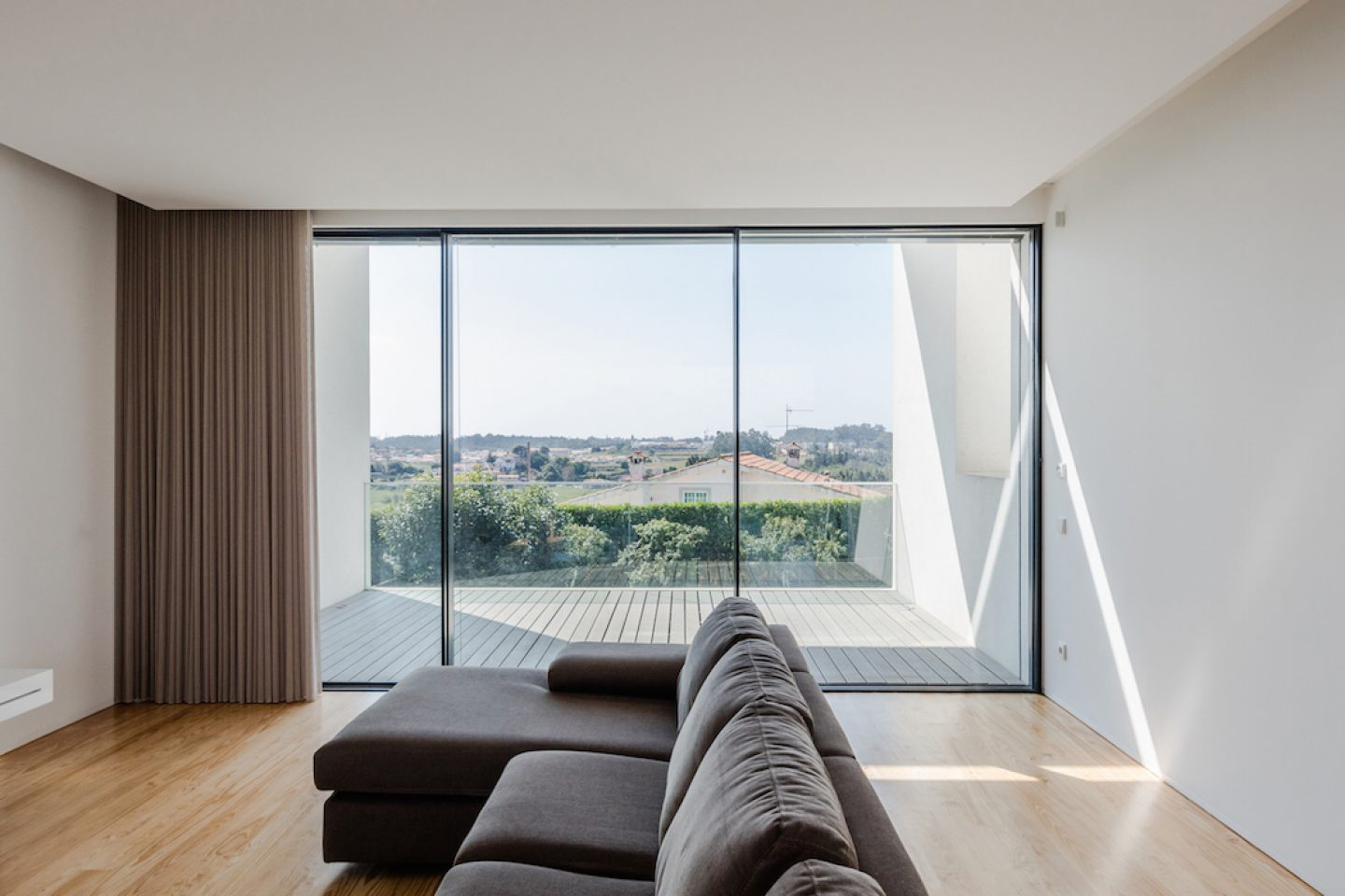 Vila do Conde House - Raulino Arquitecto (19)