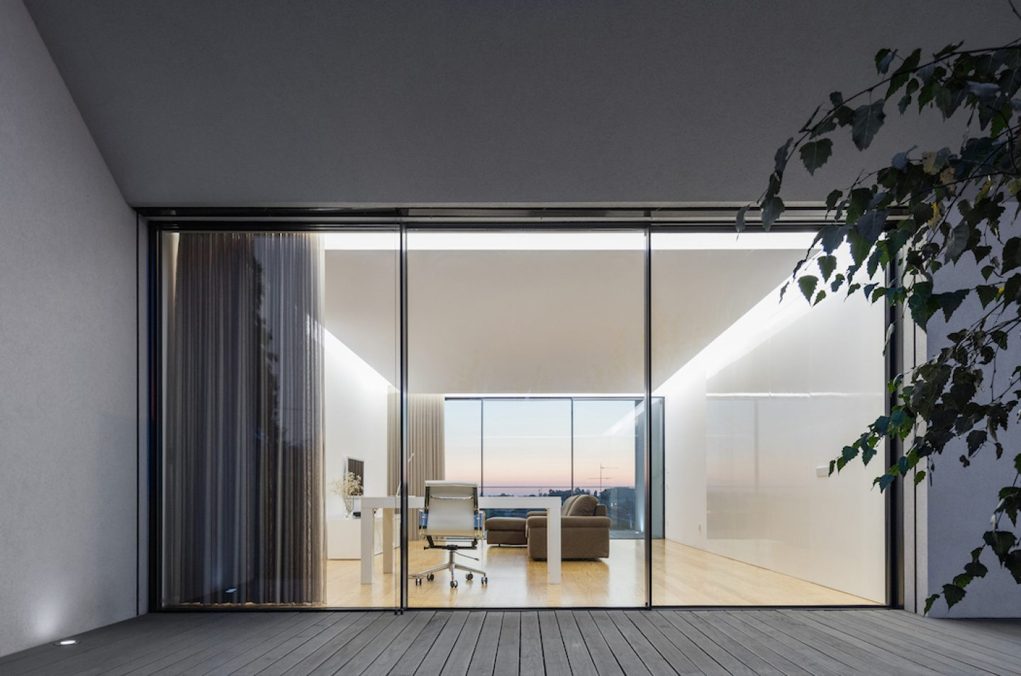 Vila do Conde House - Raulino Arquitecto (20)