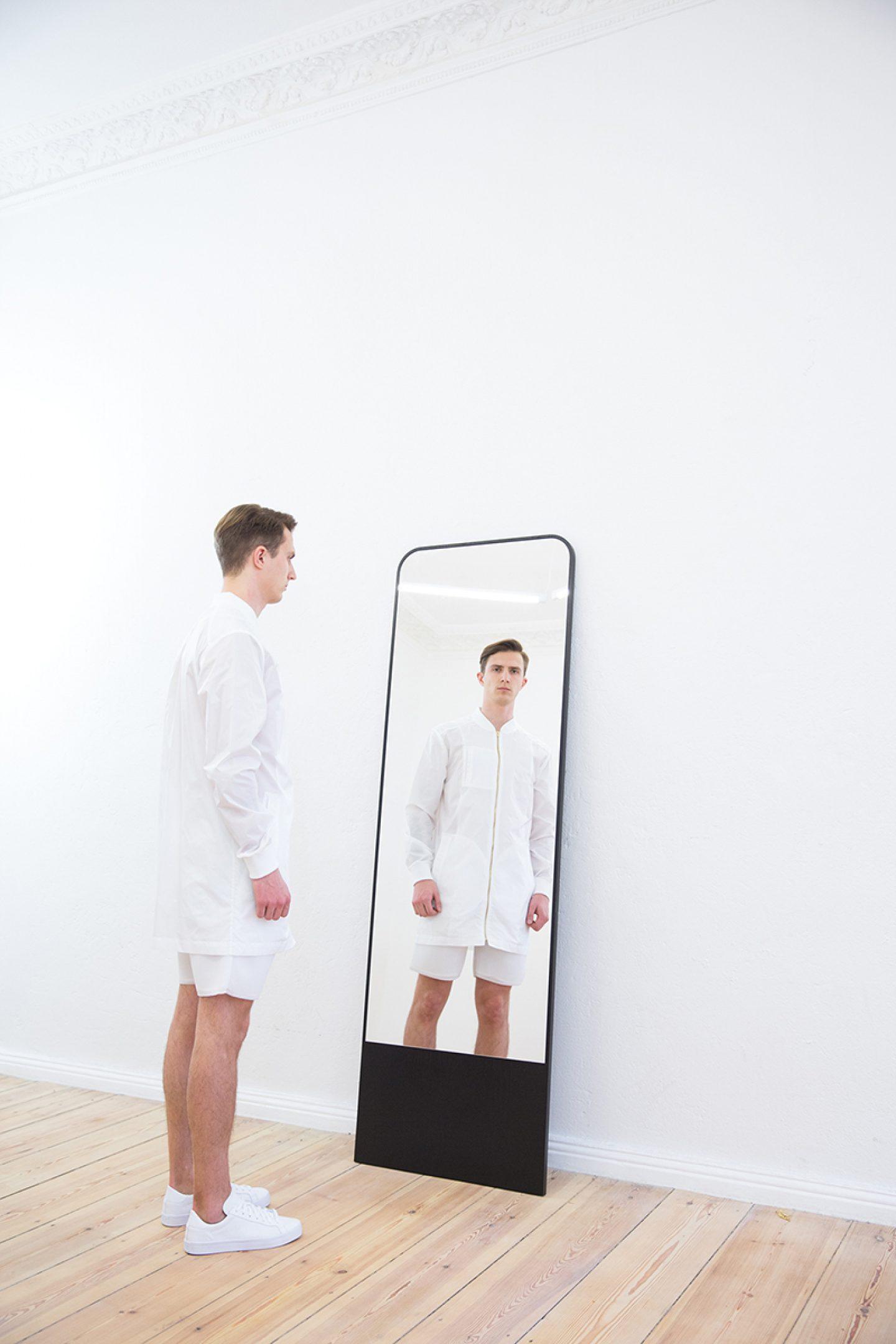 objekte-unserer-tage-09-andi-16-schneider-mirror