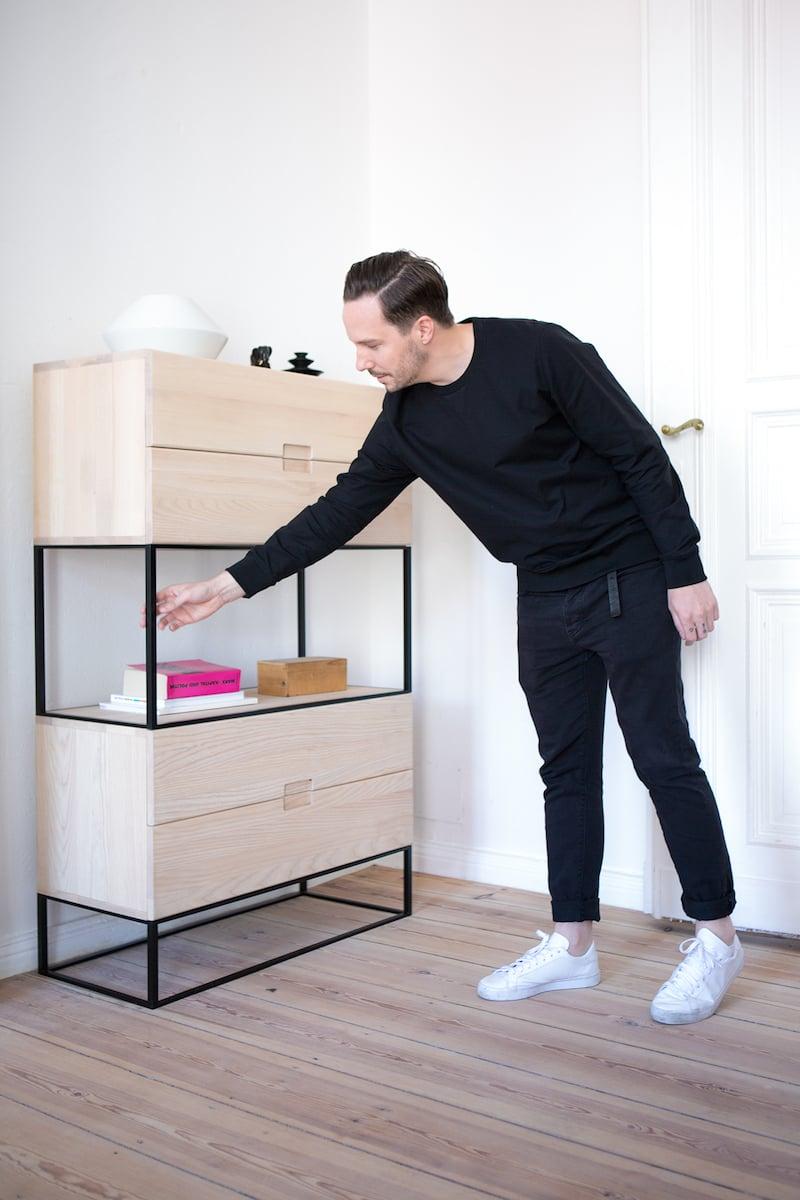 in conversation with objekte unserer tage. Black Bedroom Furniture Sets. Home Design Ideas