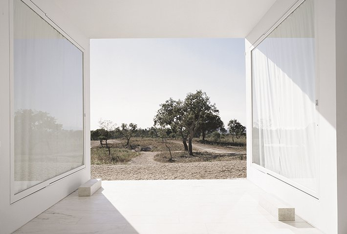 A Simple House In Portugal By Aires Mateus