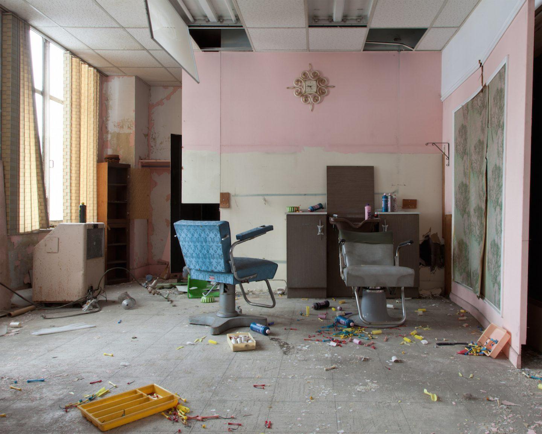 Jennifer Garza-Cuen_photography - Salon, Detroit, MI