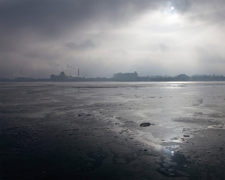 JenniferGarza-Cuen 7_photography - Riverscape, Detroit, MI
