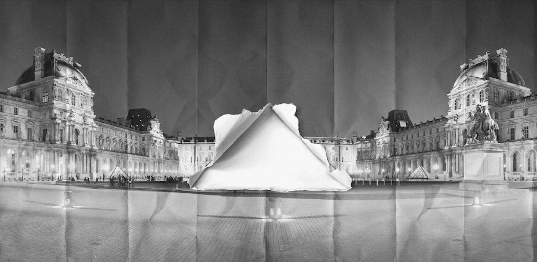 Le-Louvre-pyramid-paris-par-JR-©-JR-ART.NET_ 2