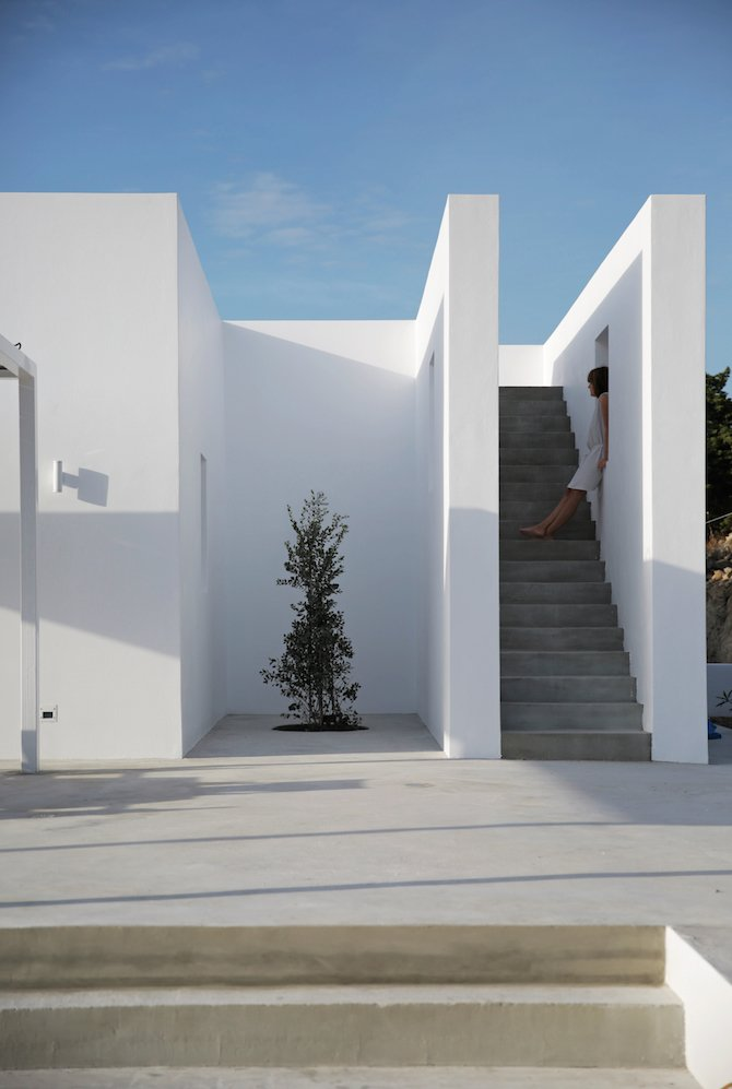 A Modern Summer House On A Greek Island Ignant Com