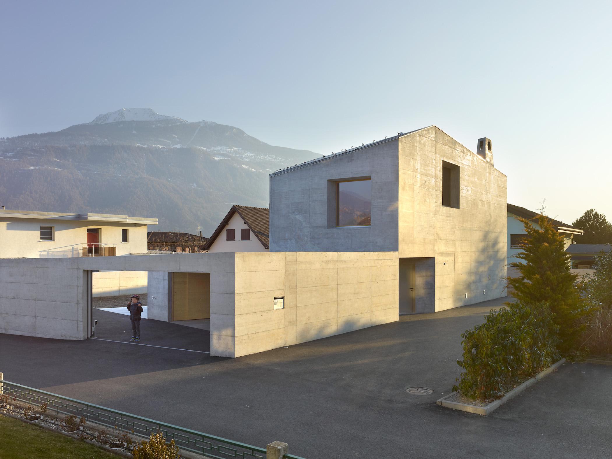 A Concrete Villa In The Swiss Alps