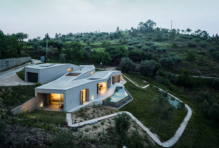A Zig-Zagging Portuguese Holiday Home
