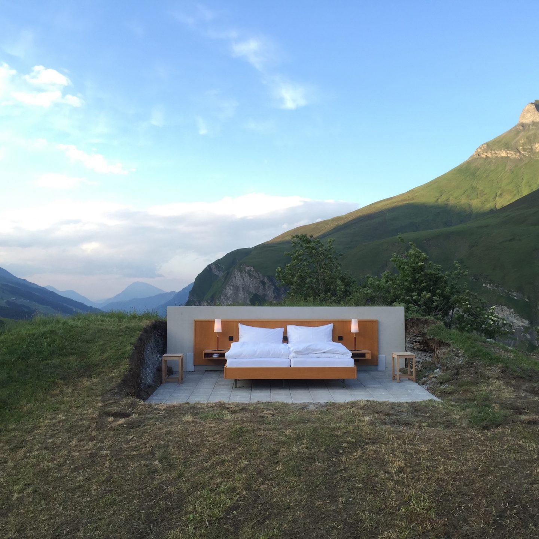 Design_Null_Stern_Hotel_Header