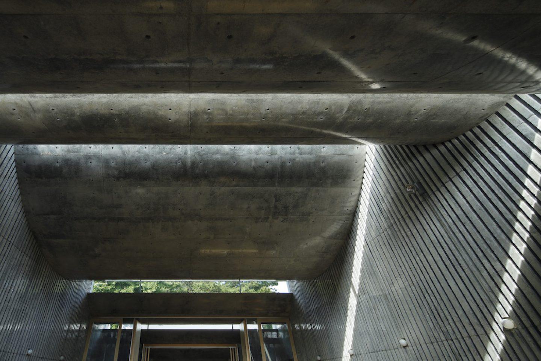 TAKESHI_HOSAKA_Architecture_95C0003