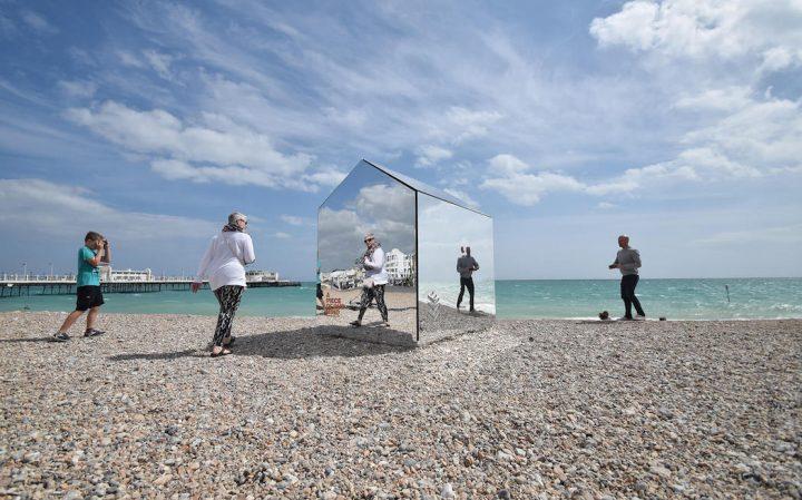 beach-hut-large-5
