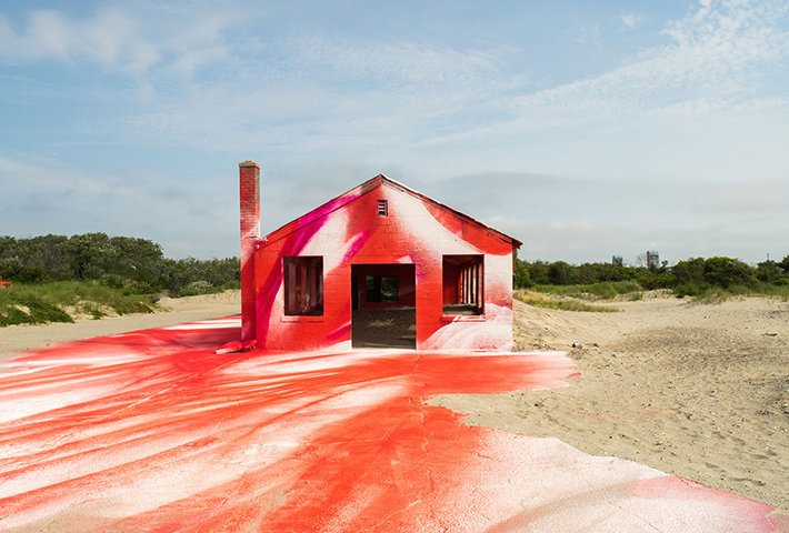 Katharina Grosse Fills An Abandoned Space With Color