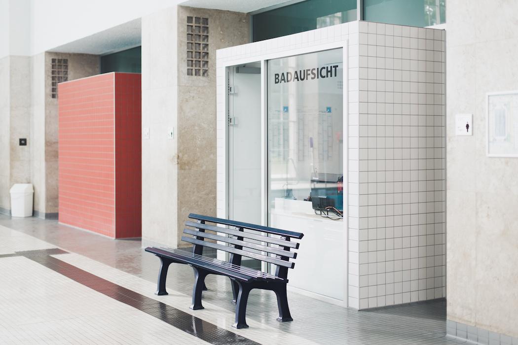 schwimmhalle finckensteinallee · berlin | ignant, Garten und erstellen
