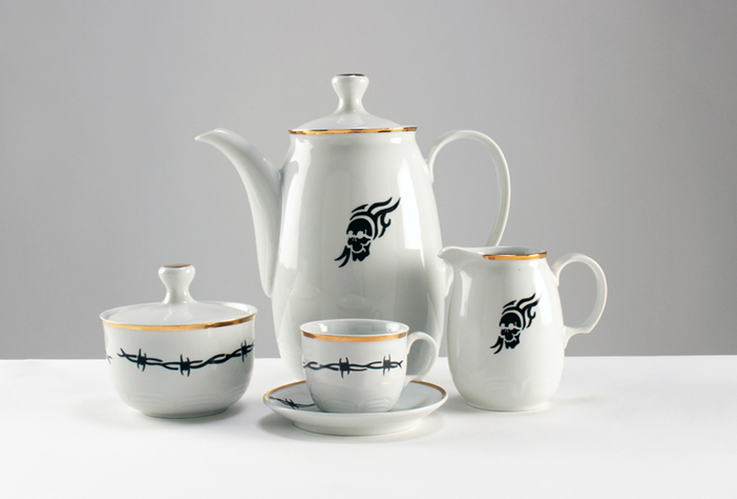 Faust Coffee Set By Jorge Garaje