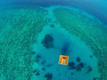 3-underwater-room-Manta-Resort-Pemba-Island-Tanzania-Architecture_