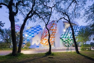 Art_Daniel_Buren_Interventions_Light_04