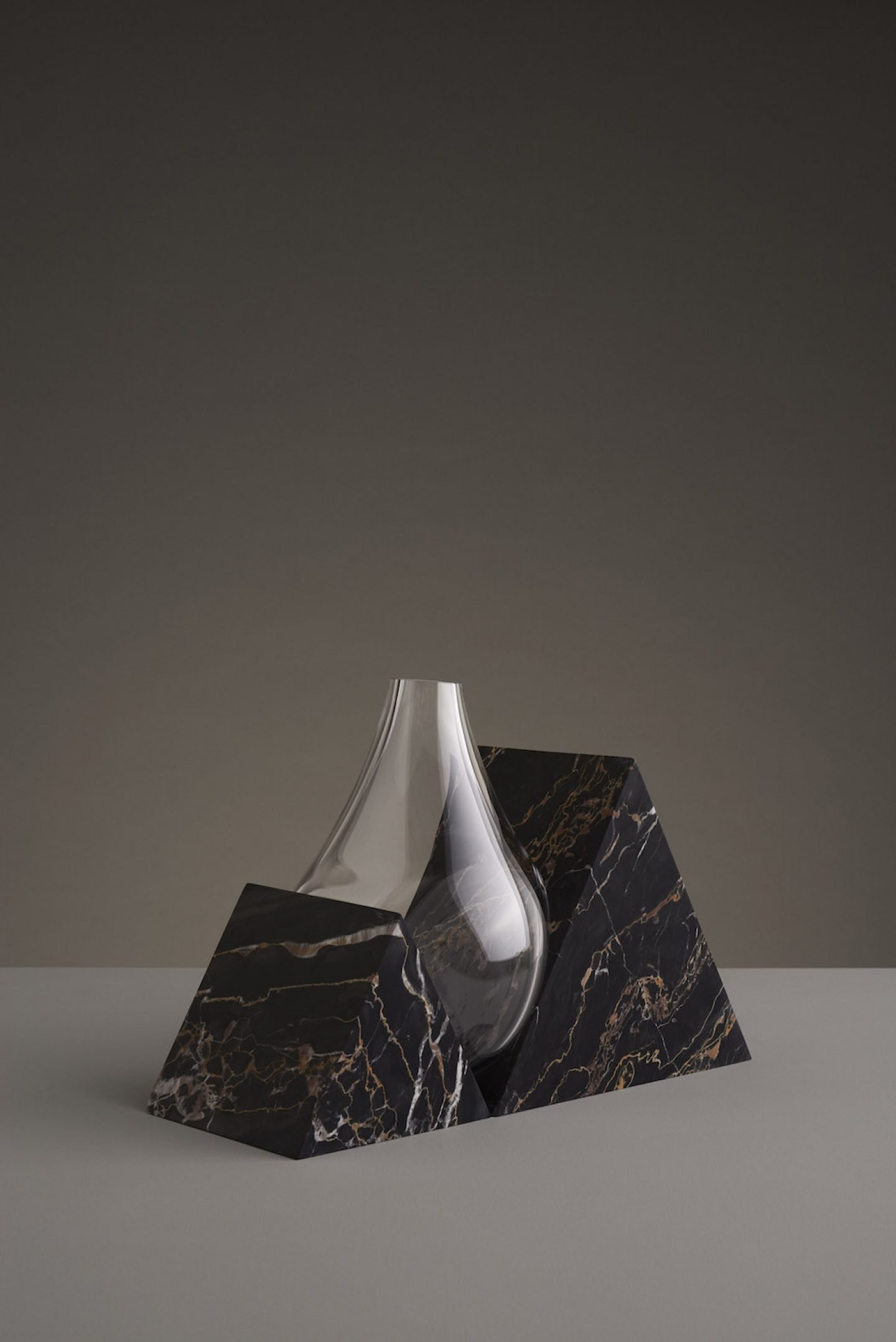 Design_Indefinite_Vases_Stuio_EO_01
