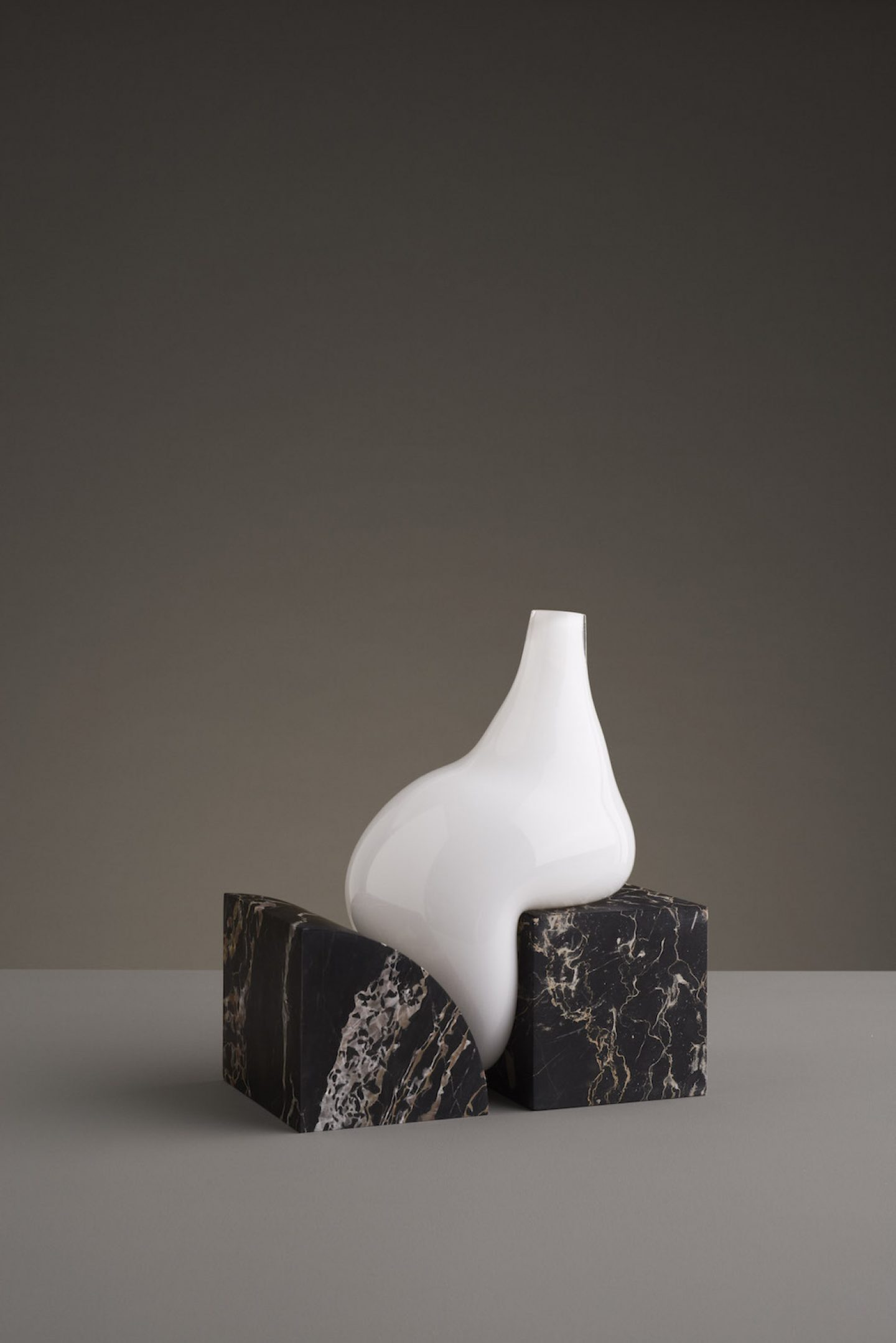 Design_Indefinite_Vases_Stuio_EO_02