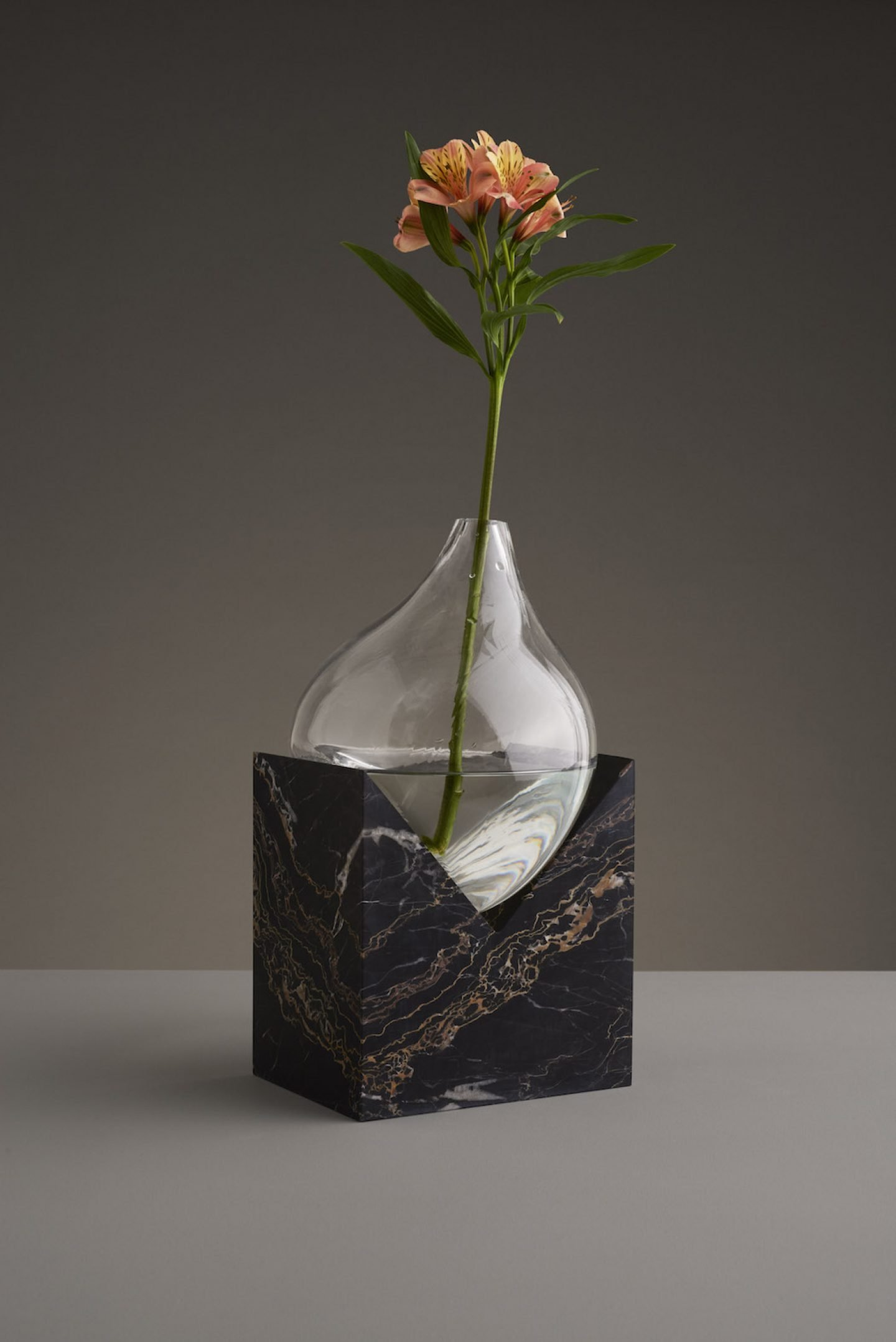 Design_Indefinite_Vases_Stuio_EO_11