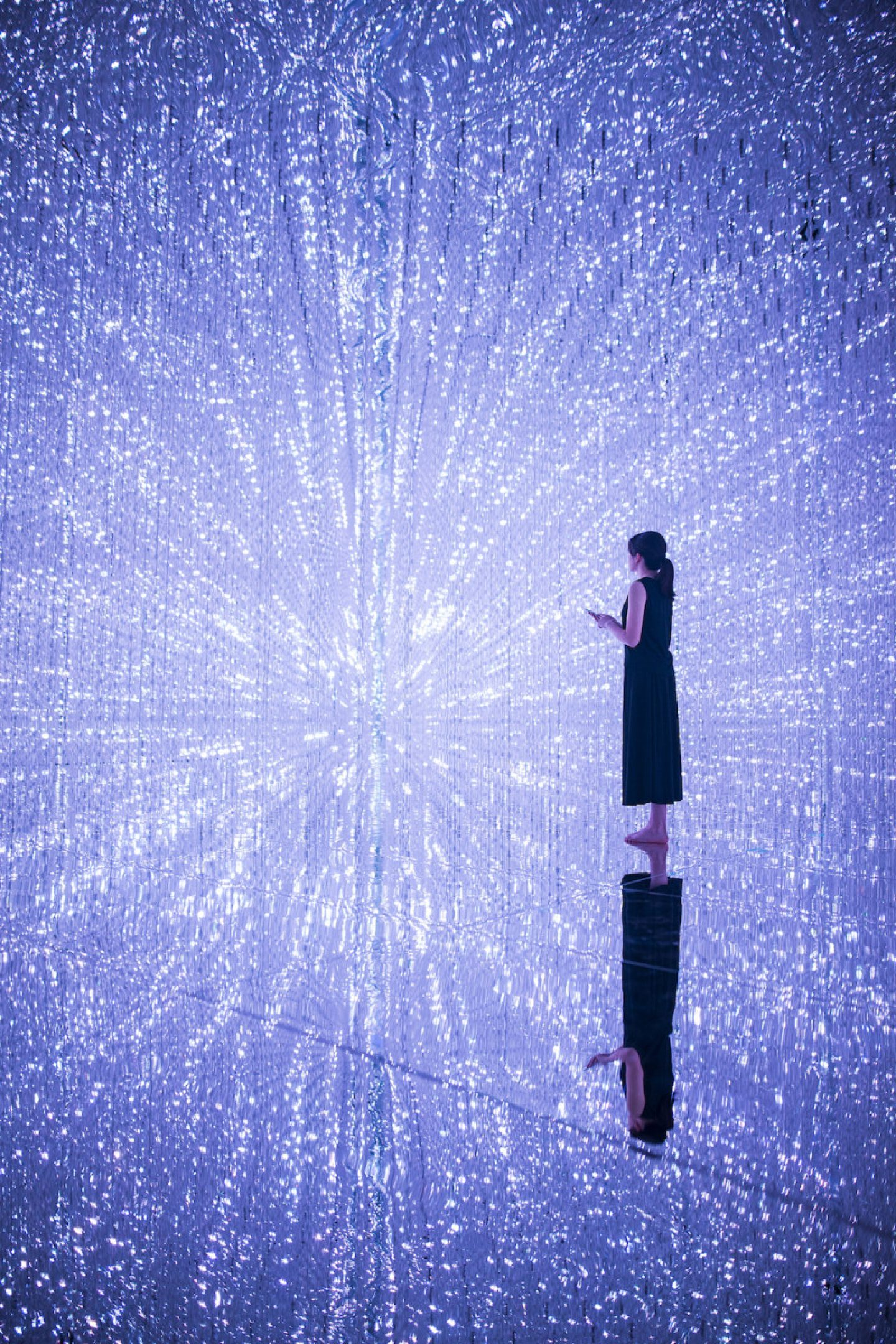 TeamLab_Art_ through the Crystal Universe_12