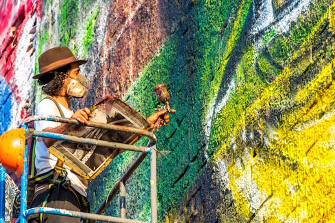 eduardo-kobra-art-largest-mural-rio-olympics-designboom-011