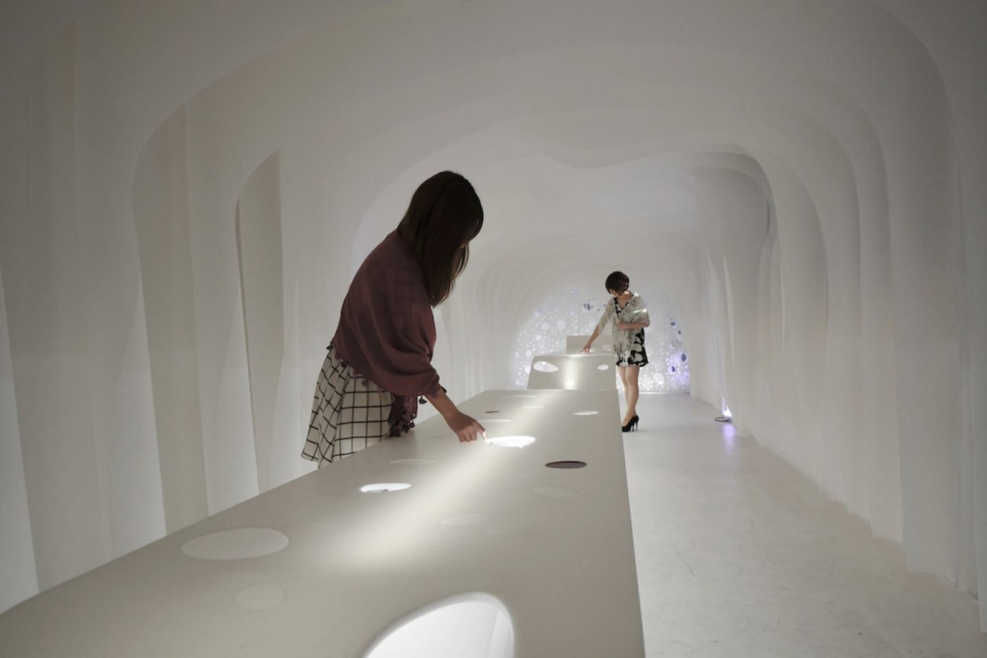 paper-cave-office-004
