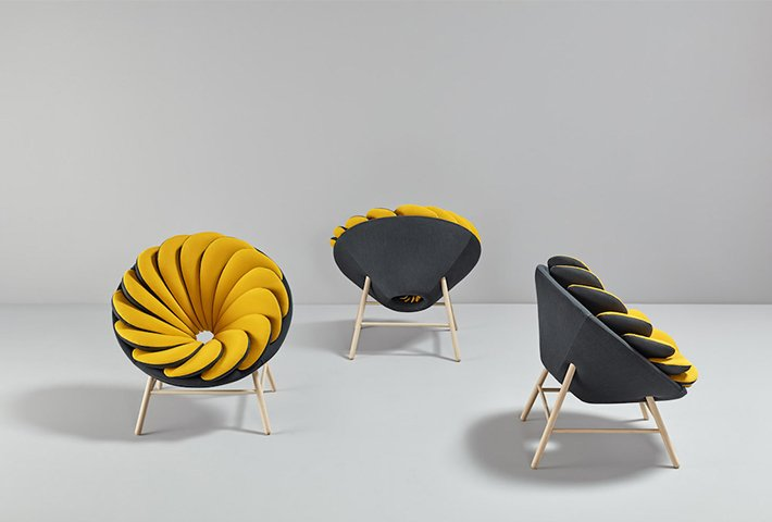 A Chair Inspired By Birds' Feathers