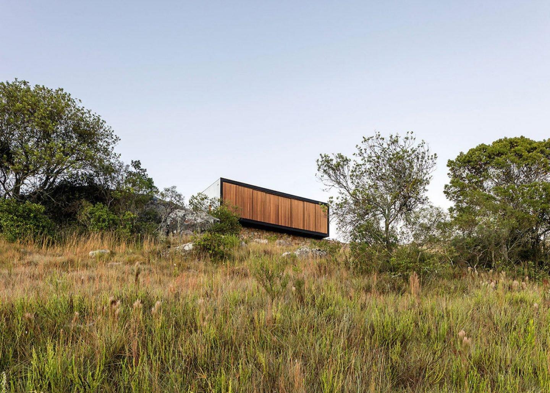 retreat-in-finca-aguy-mapa-prefabricated-housing-uraguay_dezeen_1568_3