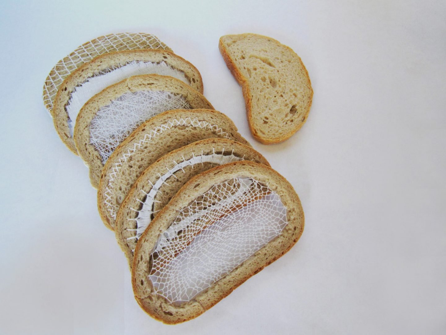 art_tereziakrnacova_everydaybread_01